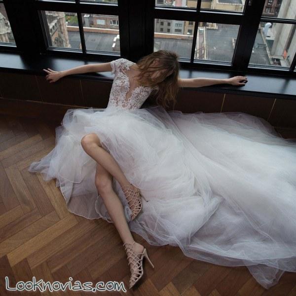 La sensualidad de Berta Bridal se deja ver también en otoño
