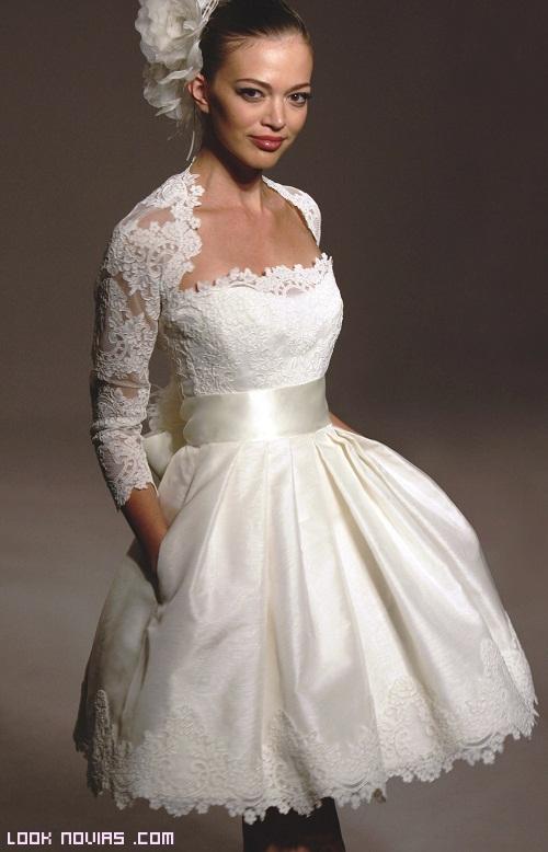 novias con vestidos de encaje
