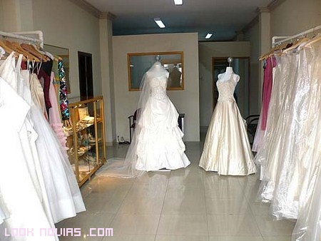 Alquilar vestido de boda