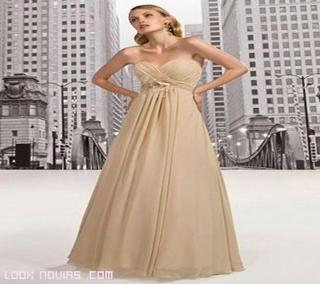 vestido de tul en color nude para novias