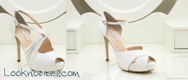 Cinco zapatos de novia por Ángel Alarcón