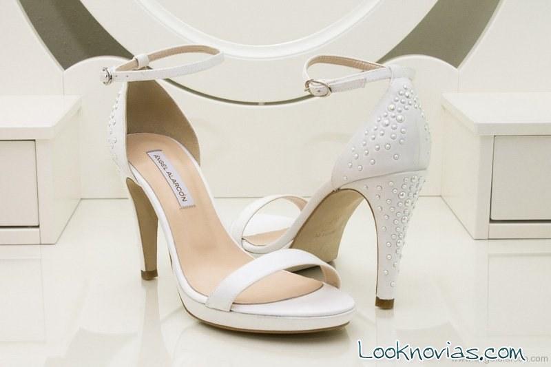zapatos con brillantes de angel alarcon