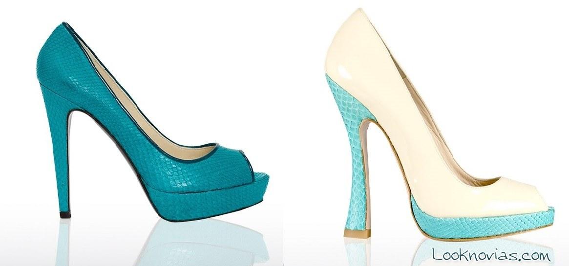 zapatos de tacón en azul