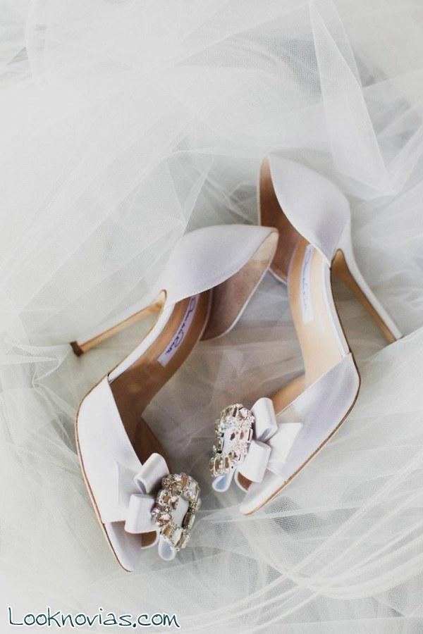 Tres pares de zapatos Óscar de la Renta